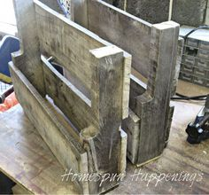 Homespun Happenings: Two Small Pallet Magazine Racks
