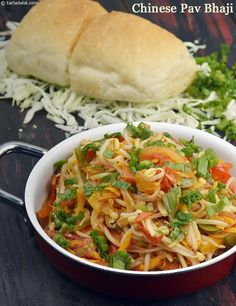 A fusion of Indian and Chinese cooking styles, Chinese pav bhaji is a snack that everyonoe will love. Gujarati Recipes, Indian Food Recipes, Asian Recipes, Vegetarian Recipes, Cooking Recipes, Healthy Recipes, Ethnic Recipes, Chinese Recipes, Indian Snacks