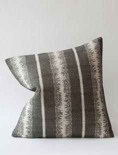 Tapiz Cushion - Kohl Reverse