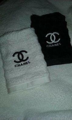 Chanel inspiriert Waschlappen von DbRGCollections auf Etsy