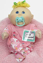 VERA CASANDRA Cabbage Patch Babies, Xavier Roberts, Cabbages, Toy Store, Little People, Kids Girls, Princess Peach, Baby, Short People