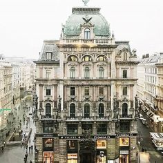 VIENNA, AUSTRIA. Rainy monday in Vienna... We wish you all a great start into the week anyhow and don't worry, according to the weather forecast the sun will be back in a few days!   We love this great shot from @thissoz. Tag us with #wonderlustvienna to have your pics featured here.