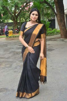 Formal Saree, Saree Jewellery, Bollywood Designer Sarees, Simple Sarees, Saree Models, Indian Beauty Saree, Indian Sarees, Dress Indian Style, Saree Look