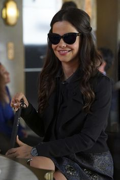 'Pretty Little Liars' first look: Sara Harvey shares a drink with Jenna Tammin Sursok, Blind Girl, Tv Guide, Pretty Little Liars, Best Shows Ever, Tv Shows, Actresses, Actors, How To Wear