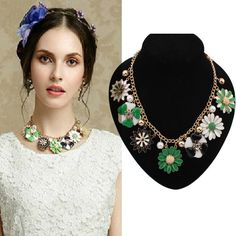 Pearl Necklace with Oil Drip Flowers Pendant Jewelry
