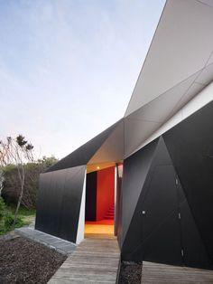 Mcbride Charles Ryan: Klein Bottle House  -  Buamai, Where Inspiration Starts.