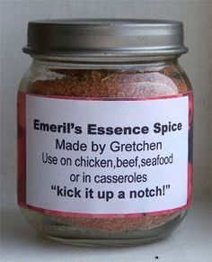 CocktailMom: Cheap Gift Idea Make your own Emeril's Essence spice Homemade Spices, Homemade Seasonings, Spice Blends, Spice Mixes, Food Storage, Dry Rub Recipes, Meat Rubs, Spice Rub, Recipe Mix