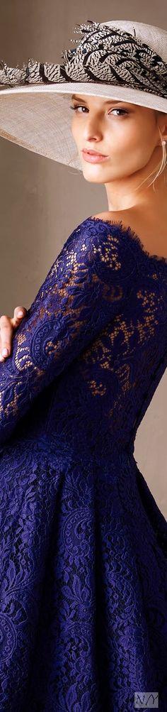 Pronovias 2017 Cocktail Dresses/Castelo Purple Haze, Shades Of Purple, High Class Fashion, Ky Derby, Classy People, Fancy Hats, Black Orchid, Fashion Hats, Cocktail Dresses