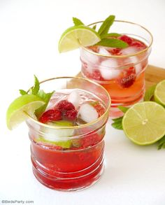 Raspberry Mojito Cocktail Recipe - easy, delicious and pretty cocktail, perfect for Cinco de Mayo or your summer parties and celebrations!