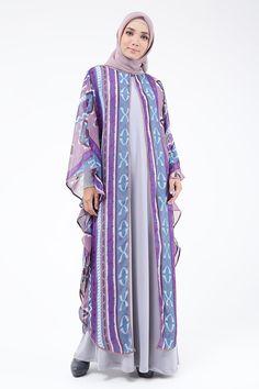 Purple Batik Fashion, Hijab Fashion, Kaftan Pattern, Alternative Fashion, Alternative Wedding, Mode Hijab, Evening Dresses, Kimono Top, Womens Fashion