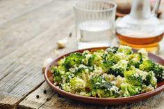 Receta de Quinoa con brócoli, saludable y lleno de sabor  #Quinoa #QuinoaConBrocoli #RecetasDeQuinoa #RecetasVeganas #RecetasVegetarianas #RecetasSaludables #RecetasLigeras