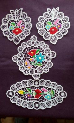 Hungarian Embroidery, Folk Art, Macrame, Projects To Try, Shoulder Bag, Flowers, Embroidery Patterns, Embroidery, Popular Art