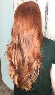 Copper red gold blonde balayage with rosegold Haare Red Hair With Blonde Highlights, Red Blonde Hair, Strawberry Blonde Hair, Red Hair Color, Hair Color Balayage, Blonde Color, Golden Blonde, Red Hair With Balayage, Copper Hair With Highlights