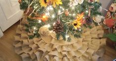 I'm making a tree skirt for my Harvest Tree and I thought it might be fun to make a tutorial, so you can make your very own Ruffled Burla...