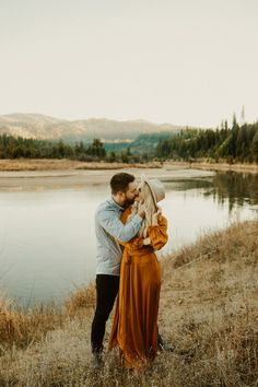 Kylie Morgan Idaho and Pacific Northwest Wedding Photographer - Mccall Idaho Engagements Fall Engagement Shoots, Engagement Photo Outfits, Engagement Photo Inspiration, Engagement Couple, Engagement Session, Mountain Engagement Photos, Dresses For Engagement Pictures, Country Engagement, Bridal Pictures