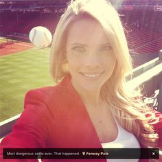 Tampa Bay Rays reporter Kelly Nash was at the Astros-Red Sox game in Boston Saturday when she decided to take a selfie in front of the field. BUT LITTLE DID SHE KNOW AT THAT MOMENT THERE WAS A BASEBALL WHIZZING STRAIGHT FOR HER HEAD. | The Most Dangerous Selfie EverTaken