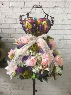 You don't have to be a florist to create beautiful floral displays with a life size wire mannequin as a trellis. We will be featuring various examples of floral displays using a life size wire mannequin in our blog this week. First is an Easter themed floral display that we created in less than 20 …