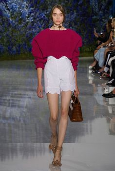 Un regard à partir du printemps 2016 collection Dior