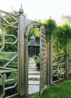 Gate leading to parterre; Tom McWilliam photo