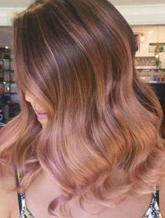 Rose gold hair color trend is perfect for all hair types and skin tones. From bold to subtle, we have various examples of rose gold hair to inspire you! Light Pink Hair, Pink Ombre Hair, Brown Ombre Hair, Brown And Pink Hair, Balayage Hair Rose, Gold Hair Colors, Hair Color Pink, Cool Hair Color, Cabelo Rose Gold