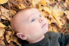 This would be adorable for Kyle's first year pictures this October