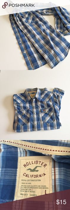 Plaid button up Hollister Ivory snap button top. Lightweight plaid 100% cotton top. Get your jeans and boots ready. Fall is on its way...... Hollister Tops Button Down Shirts