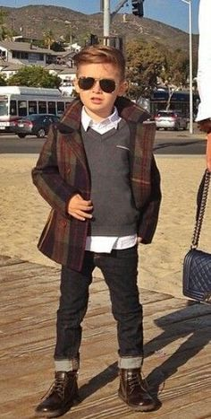 Kids Fashion° Women, Men and Kids Outfit Ideas on our website at 7ootd.com #ootd #7ootd