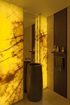 back-lit onyx. bruce stafford architects.