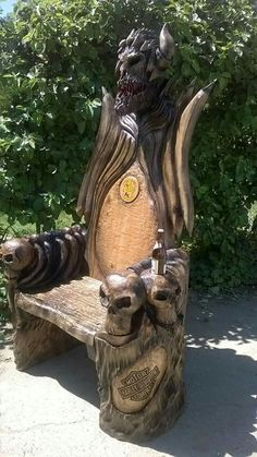 Sweet throne for the hubby. But skip the Harley logo. Handmade Furniture, Home Decor Furniture, Garden Furniture, Wood Furniture, Furniture Plans, Bedroom Furniture, Outdoor Furniture, Wood Carving Art, Wood Art