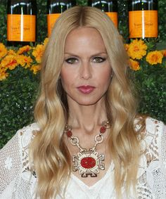 Rachel Zoe Long Wavy Hairstyle. Try on this hairstyle and view styling steps! http://www.thehairstyler.com/hairstyles/casual/long/wavy/Rachel-Zoe-glossy-golden-long-hairstyle