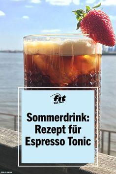 Rum Punch Recipes, Margarita Recipes, Cocktail Recipes, Drink Recipes, Tonic Cocktails, Classic Cocktails, Painkiller Recipe, Gin Und Tonic, Espresso