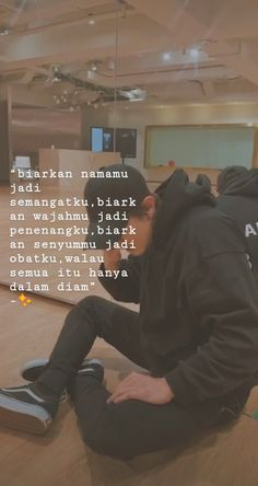 Quotes Sahabat, Snap Quotes, Story Quotes, People Quotes, Woman Quotes, Quotes Lockscreen, Wallpaper Quotes, Find Myself Quotes, Cinta Quotes