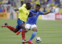 El partido de las Eliminatorias se jugó en el estadio olímpico Atahualpa de Quito. Ganó Brasil con gol de Neymar y doblete de Gabriel Jesús.