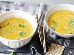 Zum Rezept für Ananas-Kürbis-Cremesuppe