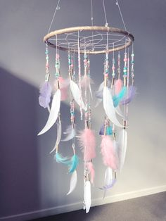 67 noble DIY home decor bedroom projects that will fit your home in the budget of 59 . - 67 noble DIY home decor bedroom projects to decorate your home in the budget of 59 # designinterior - Kids Crafts, Crafts For Girls, Diy Home Crafts, Crafts To Make, Arts And Crafts, Room Crafts, Dream Catcher Craft, Dream Catcher Mobile, Diy Dream Catcher For Kids