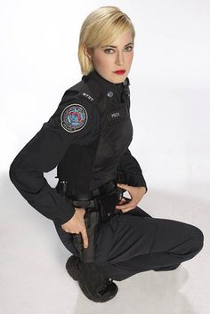"""This is Officer Gail Peck, portrayed by actress Charlotte Sullivan, on ABC's Rookie Blue.   Gail Peck Is The Reason You Should Be Watching """"Rookie Blue"""""""