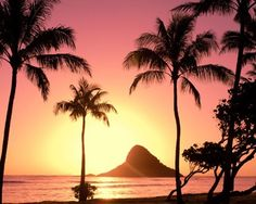i want to experience the sunset of Oahu hawaii..relaxing view