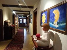 Das AKZENT Hotel Gut Höing in Unna besteht aus drei Gebäuden mit insgesamt 48 unterschiedlich eingerichteten Zimmern und Appartements. Das Hotel, Painting, Environment, Painting Art, Paintings, Painted Canvas, Drawings