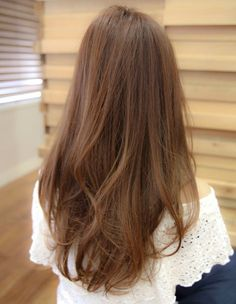 Golden Brown Balayage - 20 Best Golden Brown Hair Ideas to Choose From - The Trending Hairstyle Golden Brown Hair, Light Brown Hair, Light Hair, Korean Hair Color Brown, Brown Hair Colors, Asian Ash Brown Hair, Hair Lights, Pelo Cafe, Ulzzang Hair