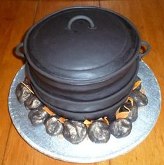 Image result for Sugarpaste calabash cakes African Cake, Wedding Bride, Wedding Cakes, Traditional, Image, Birthdays, Google Search, Wedding Gown Cakes, Anniversaries