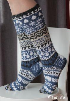 Easy Knitting, Knitting Socks, Knitting Patterns, Crochet Socks, Knit Crochet, Winter Socks, Stocking Tights, Wool Socks, Knee High Socks