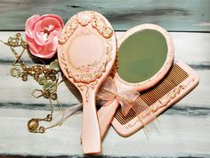 Wooden Hairbrush Mirror and Comb, Vintage Vanity Table Set, Retro Hair brush, Combr, Antique  Vanity Set, Mother's day Gift, Women Accessori