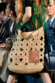 Crochet Handbags Spotlighting the Best Bags from Paris Fashion Week Spring 2019 - What's better: a Mickey Mouse handbag or a backpack with an iPad? Diy Sac Crochet, Crochet Shell Stitch, Crochet Bags, Spring Fashion Trends, Fashion Week, Fashion Bags, Fashion Outfits, 50 Fashion, Casual Outfits