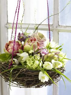 50 Elegant Easter Window Decoration For An Unforgettable Celebration