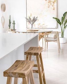 Interior Natural, Home Interior, Beach House Kitchens, Home Kitchens, Furniture Decor, Furniture Design, Open Plan Kitchen Dining, Ideas Hogar, White Countertops