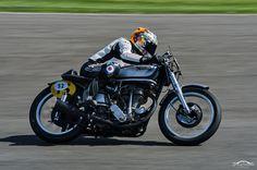 Norton Daytona Manx, Barry Sheene Memorial Race, 2012. Goodwood Revival. #goodwoodrevival #mariacostello