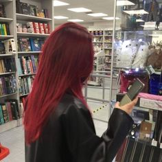 Hair Color Streaks, Hair Dye Colors, Red Hair Color, Red Hair With Highlights, Bright Red Hair, Cut My Hair, Hair Cuts, Red Hair Inspo, Red Hair Inspiration