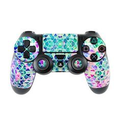Pastel Triangle by Amy Sia Ps4 Controller Custom, Game Controller, Control Ps4, Xbox One, Videogames, Roblox Gifts, Nintendo Switch, Gamer Setup, Mundo Dos Games
