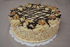 Ehhez a tortához nem kell sem tej, sem tojás, mégis imádni fogod! Poppy Cake, Hungarian Recipes, Wedding Cake Designs, Food Art, Cake Decorating, Food And Drink, Cooking Recipes, Sweets, Snacks