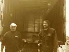 Fausto, Luca e Andrea si occupano di un camion carico, carico di…Dolci Pattìni!- www.dolcipattini.it - #team #face #people #wecare #merenda